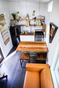 cocina pequeña con espacio abierto