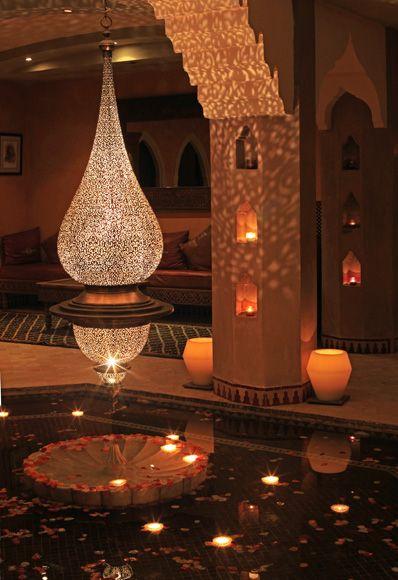 diseño árabe en lamparas